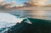 Khám phá 6 vùng biển đẹp cho người thích lướt sóng
