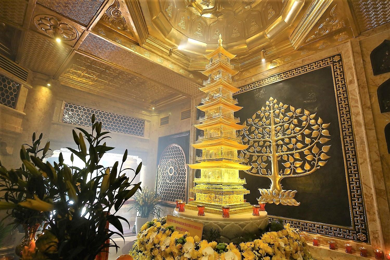 chiem bai xa loi phat trong long dai tuong phat cao nhat viet nam