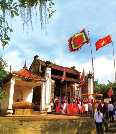 Thăm đền thờ Tả Tướng quốc Trần Nguyên Hãn