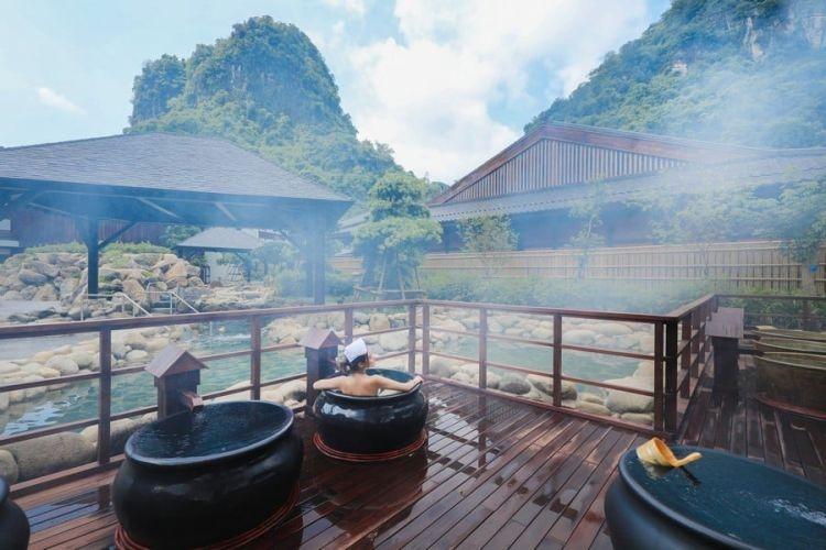 Trải nghiệm tắm Onsen mà không cần đến Nhật Bản