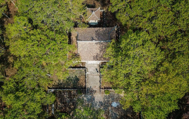 Đà Lạt: Lăng mộ Nguyễn Hữu Hào bị