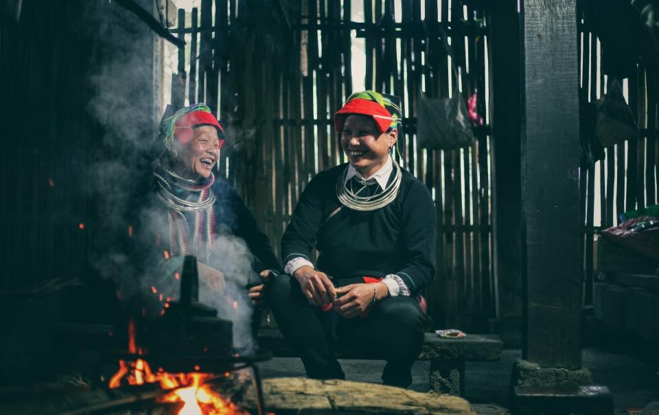 Khuổi My - Hà Giang: Rêu phong, sương mù và bếp lửa