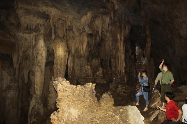 Hà Giang: Hang Thiên Thủy - Danh thắng qua nghìn năm trầm tích