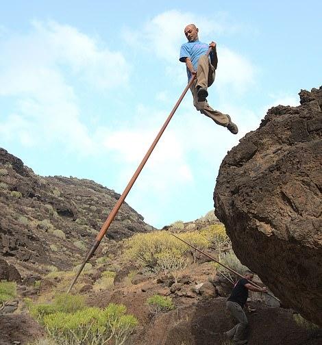 """Môn thể thao dân gian táo bạo ở Quần đảo Canary: """"Bước nhảy của người chăn cừu"""""""