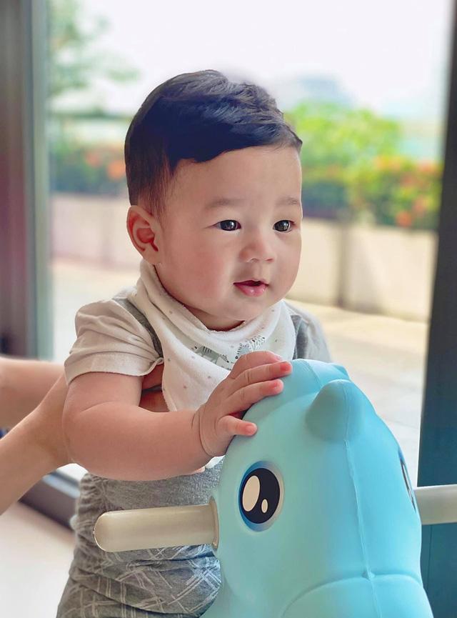 Lương Thùy Linh dự đoán con trai Đặng Thu Thảo là soái ca tương lai