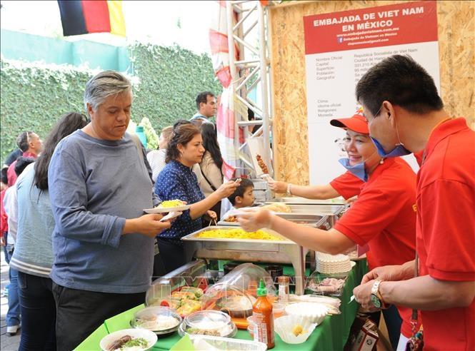 Văn hóa Việt gây ấn tượng mạnh trên đất Mexico