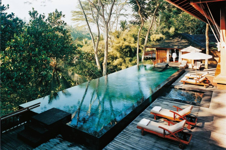 Top những bể bơi sang chảnh, tuyệt vời trên thế giới - 4
