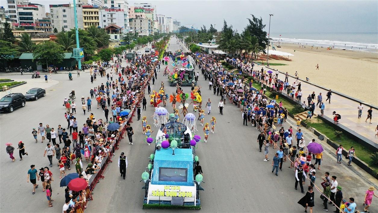 thanh hoa se co carnival duong pho soi dong cuong nhiet don mua du lich bien 2020