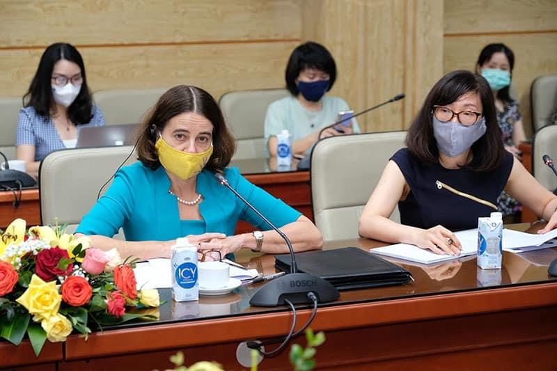 Nỗ lực tiếp cận vaccine phòng Covid-19 cho trẻ em Việt Nam