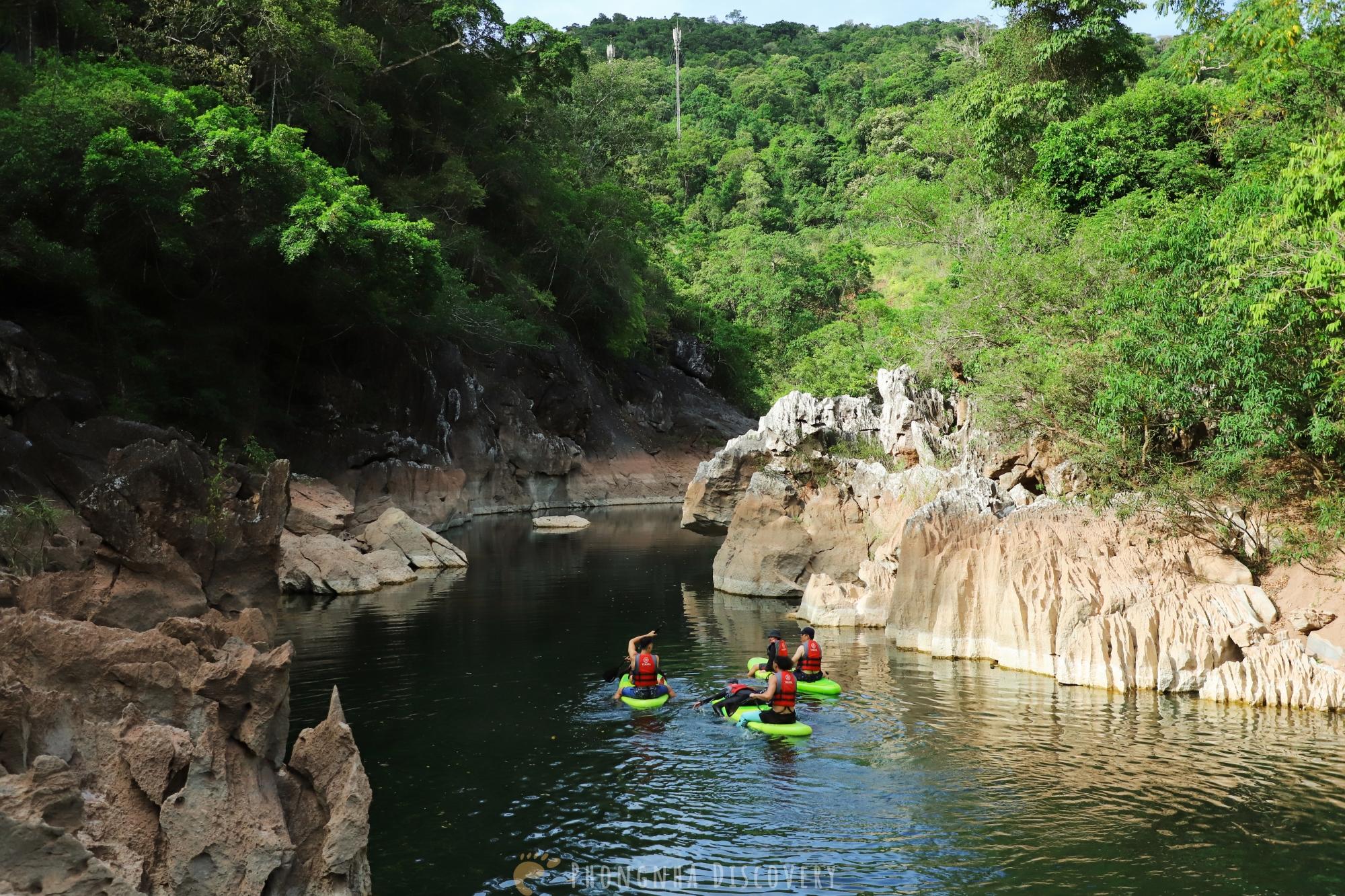 Hồ Bồng Lai