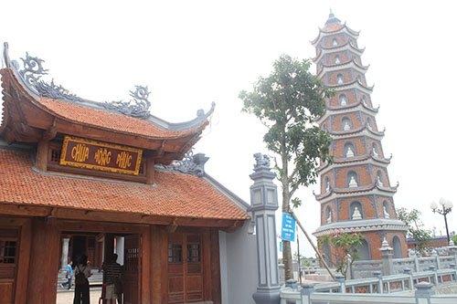 Thăm ngôi chùa trên 700 năm tuổi ở Quảng Bình