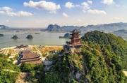 Chiêm bái và thưởng ngoạn cảnh sắc hai ngôi chùa lớn nhất Việt Nam