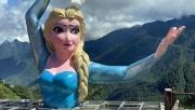 Sẽ cưỡng chế tháo dỡ bức tượng bán thân mô phỏng nhân vật hoạt hình Elsa tại Sa Pa nếu không chấp hành theo quy định