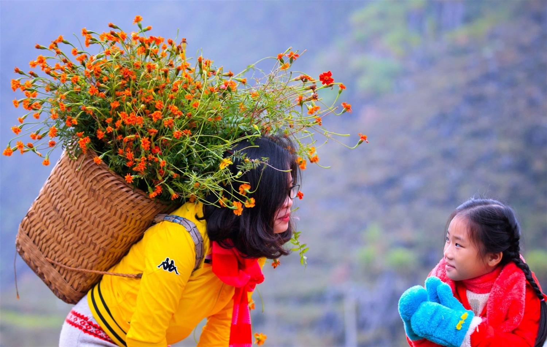 """Kỳ 2: Đi giữa mùa """"đá nở hoa"""""""