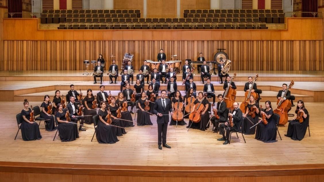 Dàn nhạc Giao hưởng Mặt trời làm mới bài nhạc Ghen Cô Vy, nhắc nhở cộng đồng phòng dịch