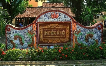 ghe tham ngoi dinh 300 tuoi co nhat phuong nam